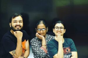 Alakh-Pandey-Family
